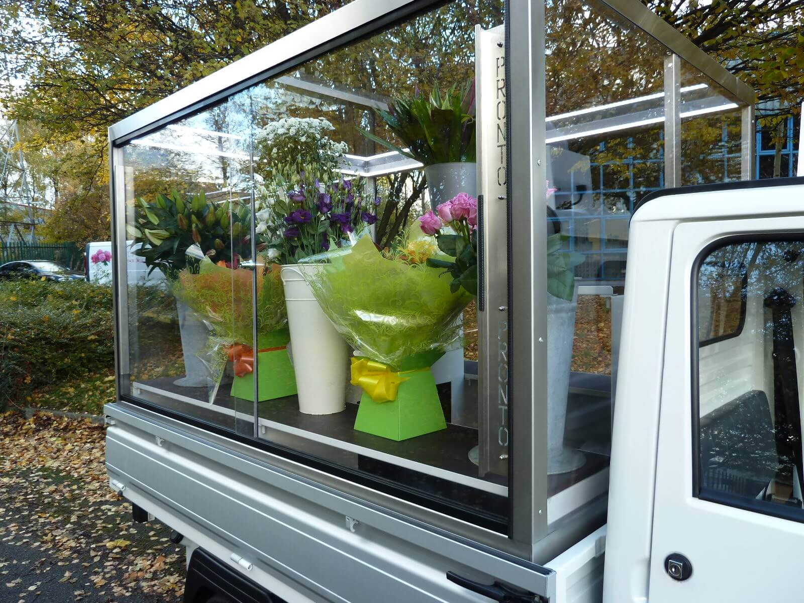 Ape Mobile Flower Shop